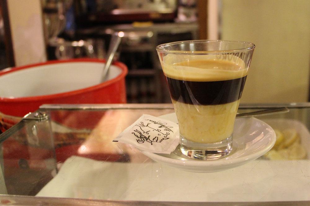 カフェ・ボンボン、カラヒージョ