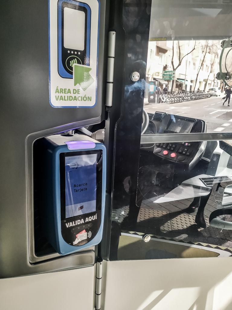 001バスの乗り方